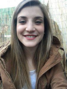Lisa Monitrice Studentessa universitaria